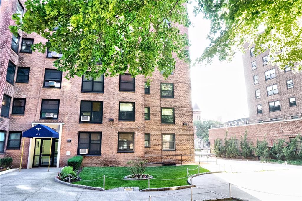 185 Clinton Avenue #4E Brooklyn, NY 11205