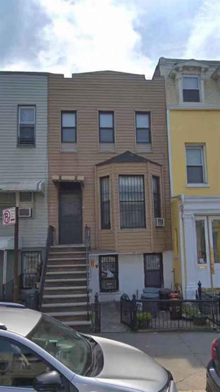 320 55 Street Brooklyn, NY 11220