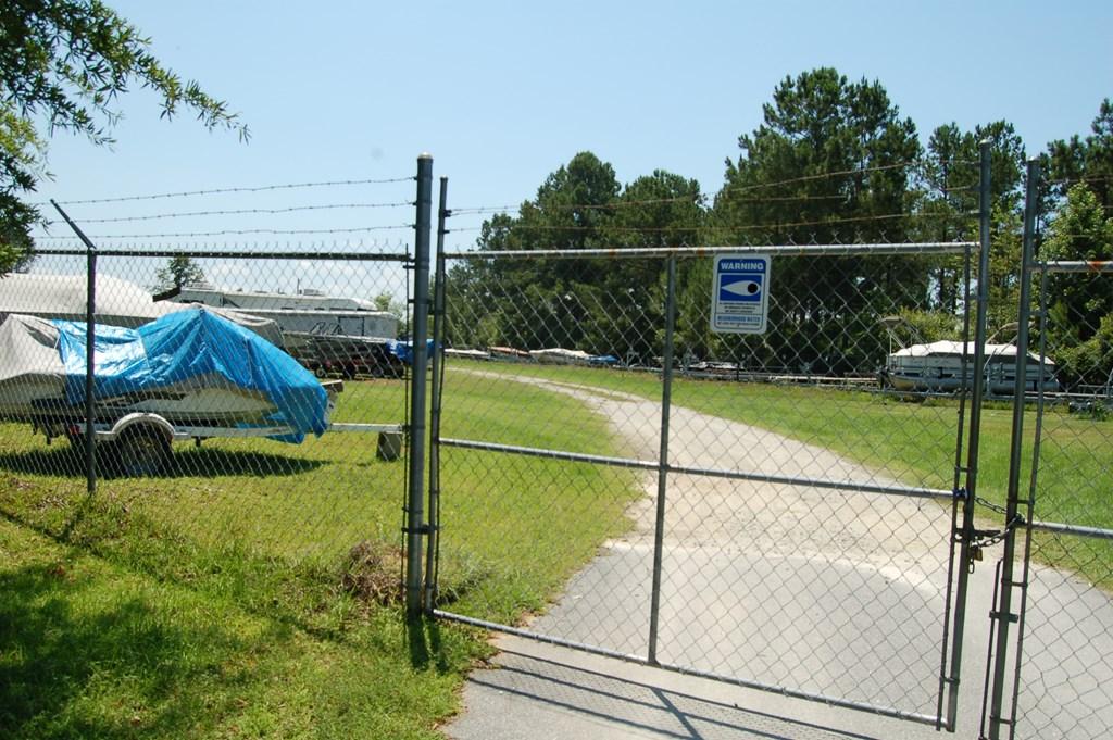 400 Pine Lake Ct. (l-2) Manning, SC 29102