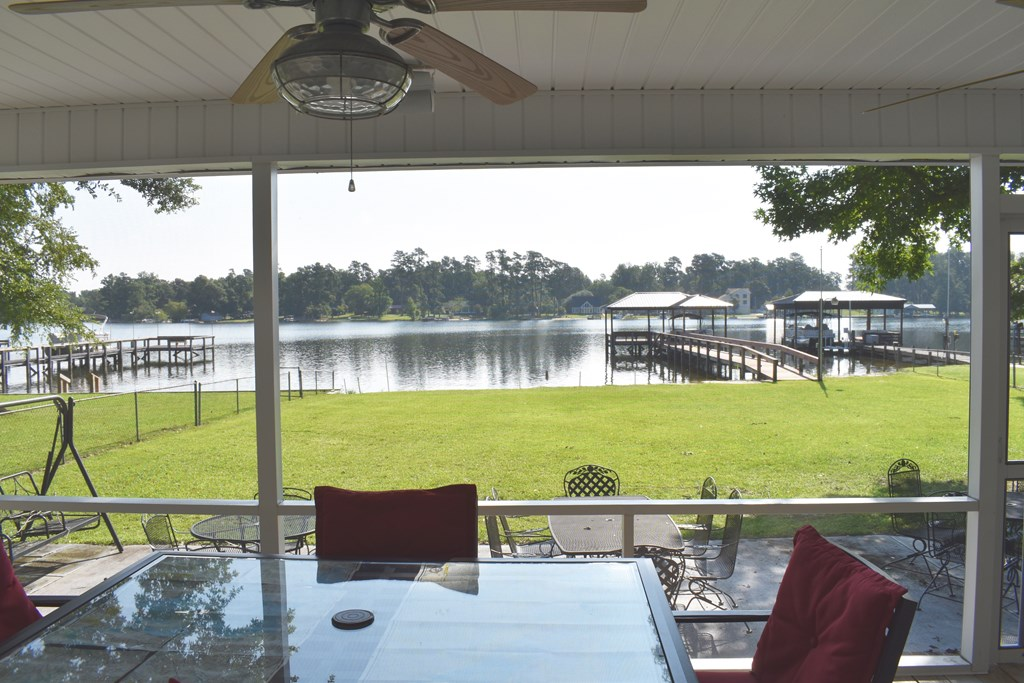 1259 Lakeview Dr. Manning, SC 29102