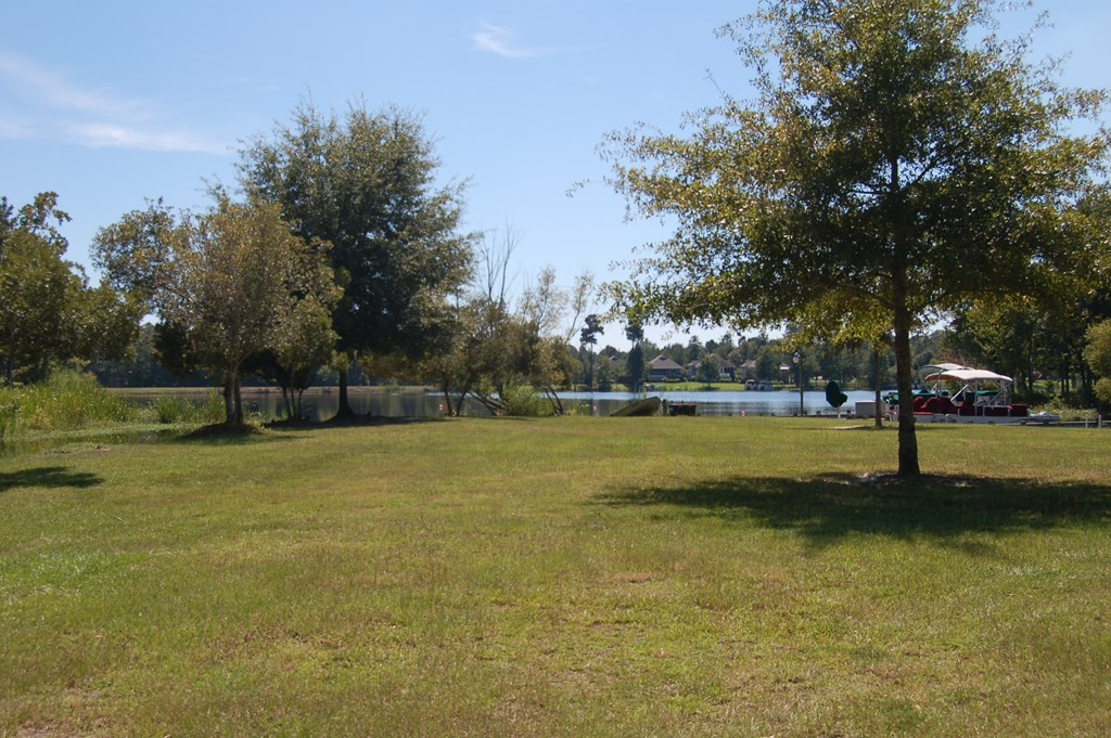 40 North Lake Cr. (b-43) Manning, SC 29102