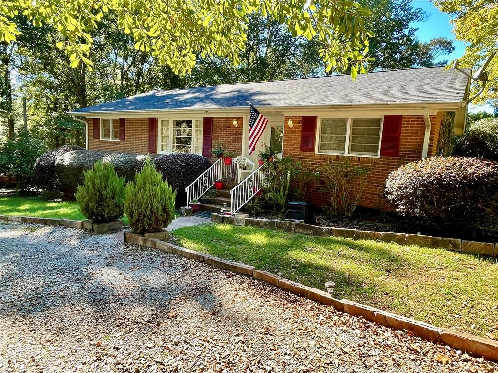 501 Wood Street Central, SC 29630