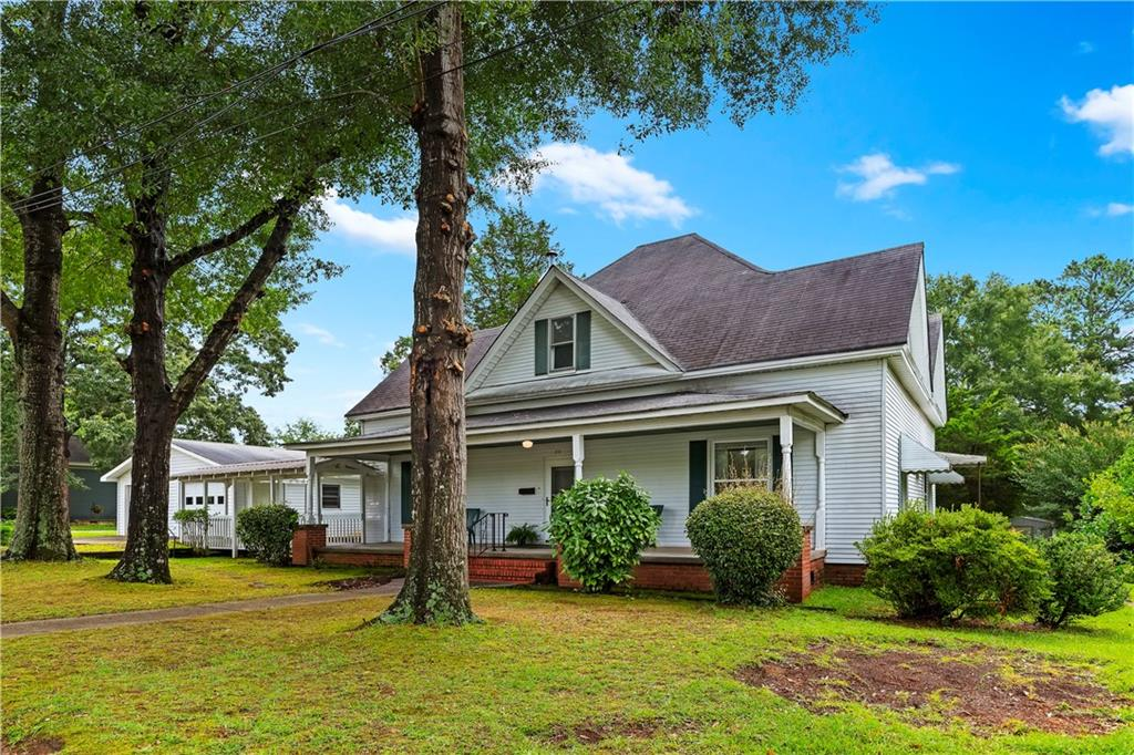 212 Earl Holcombe Drive Westminster, SC 29693
