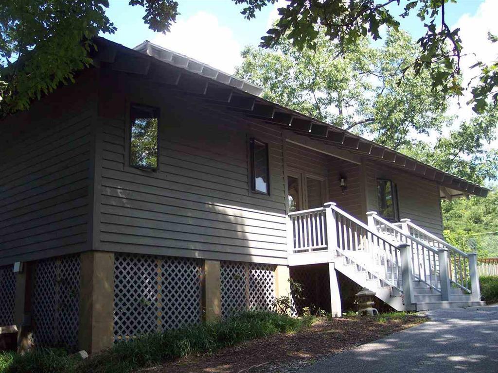 4 Woods Pond Court Cleveland, SC 29635