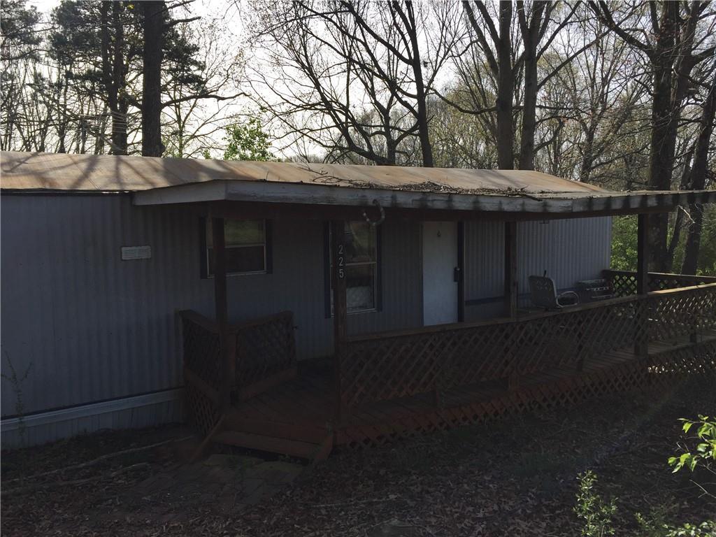 225  Farm House Fairplay, SC 29643