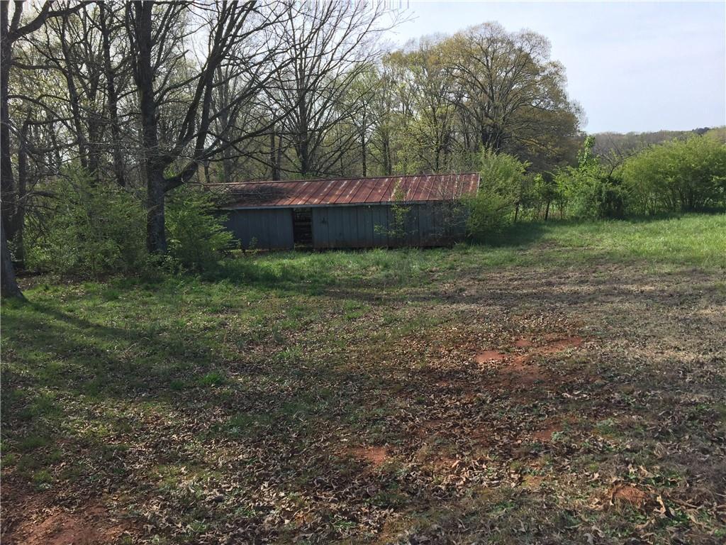 225 Farm House Lane Fairplay, SC 29643