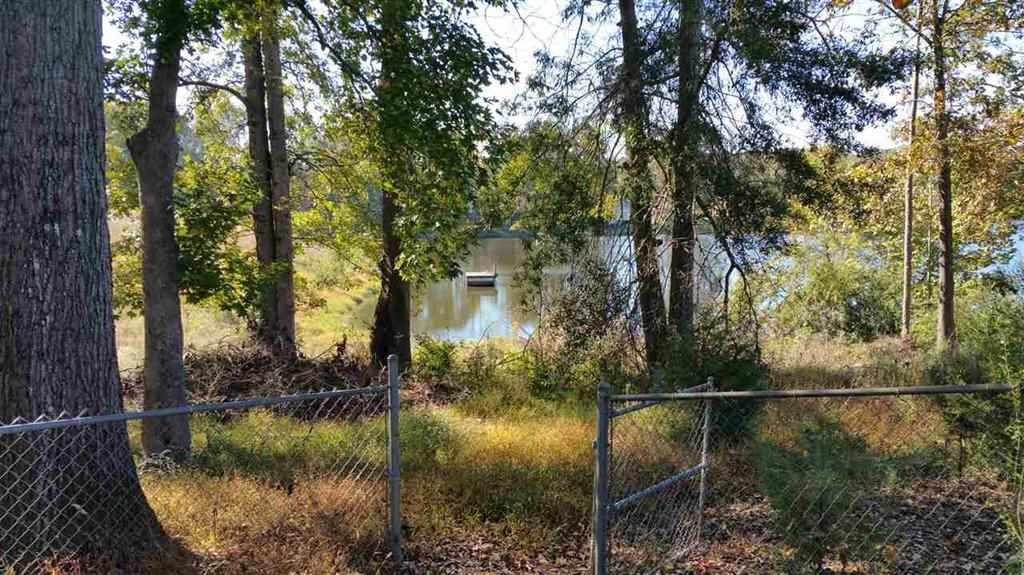 198  Lake View Fairplay, SC 29643