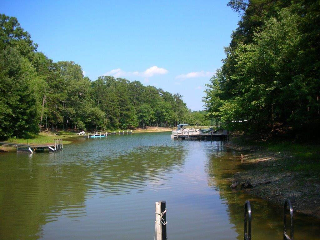 503 East Lakes Townville, SC 29689