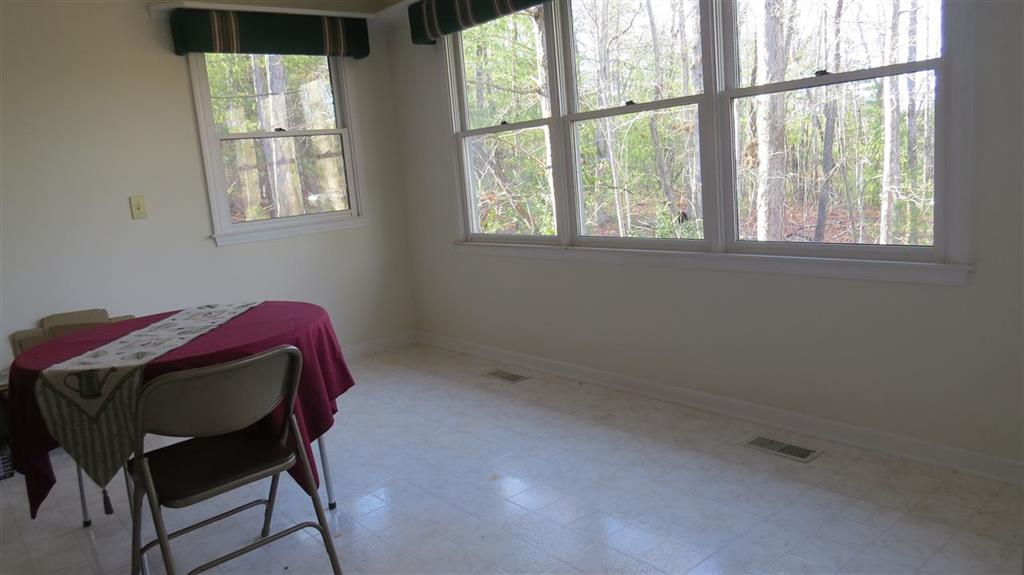 400  Highland View Drive Mountain Rest, SC 29664