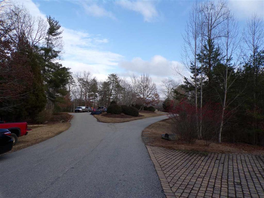 1492  Coneross Point #24 Seneca, SC 29678
