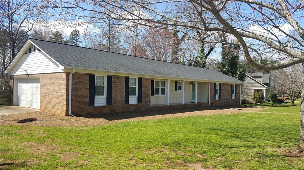 129  Cannon #53 Easley, SC 29640
