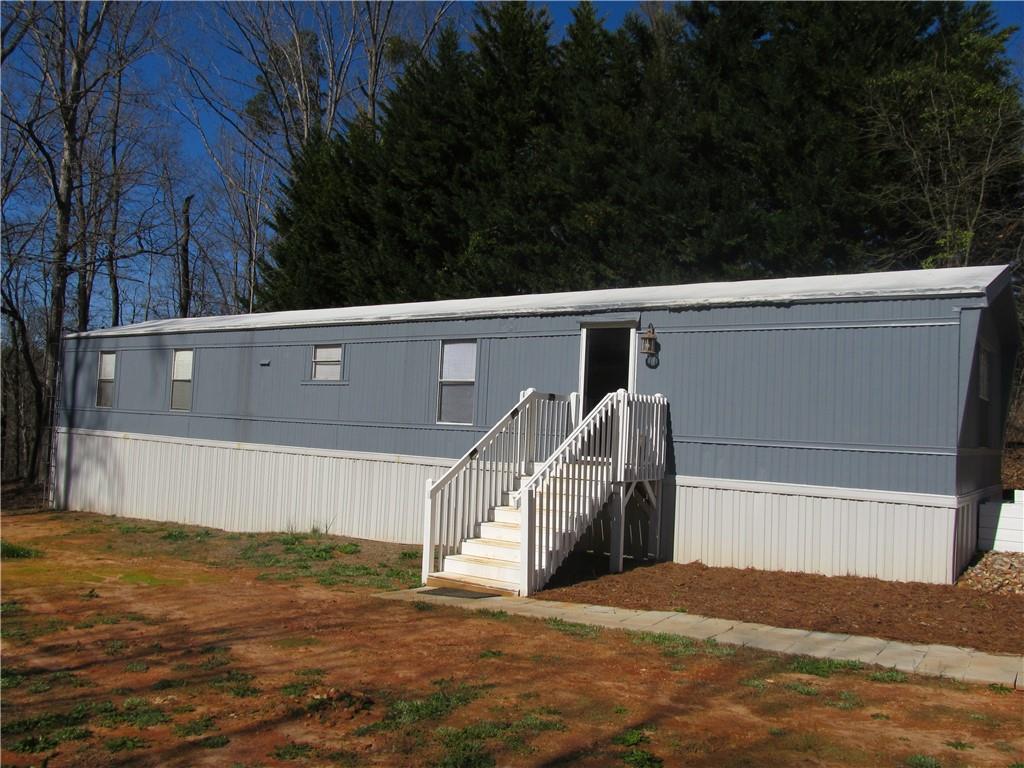 415  Meadows #3 Townville, SC 29689