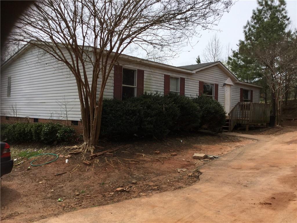 141 Homes Pond Lane Taylors, SC 29687