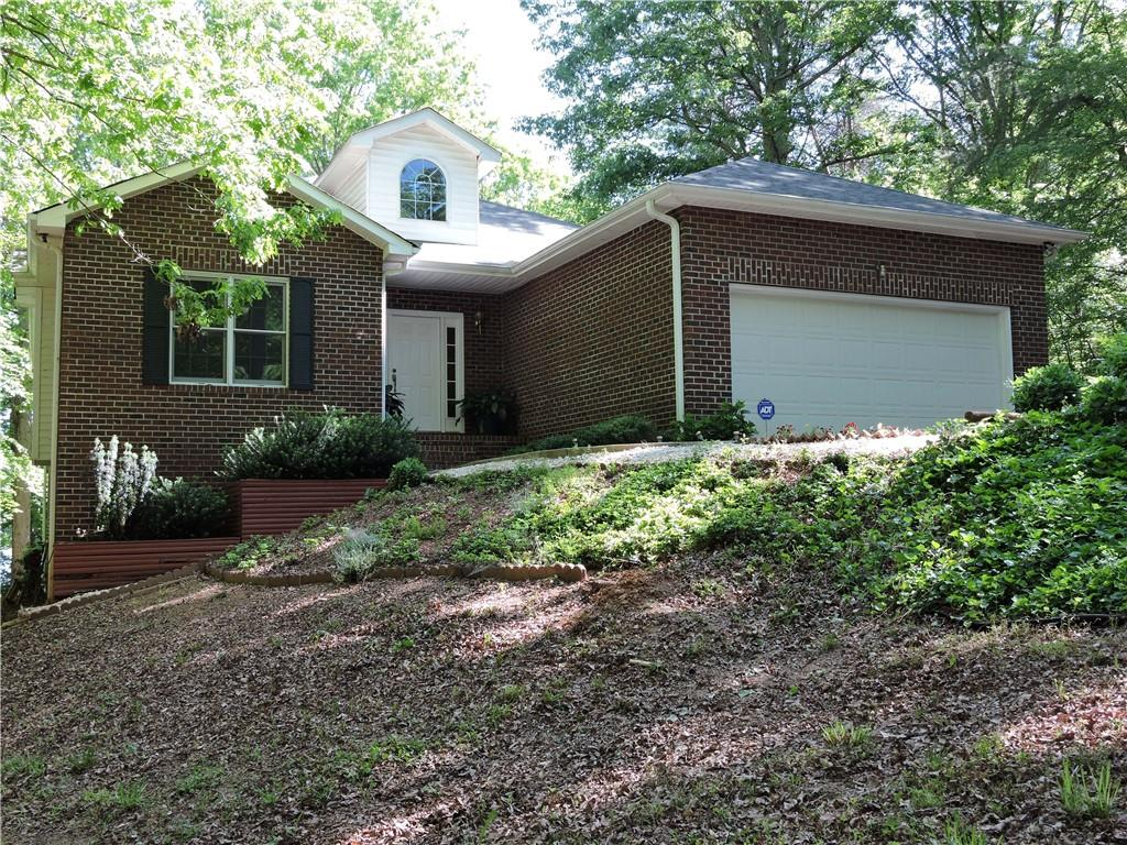 305 Woodhaven Court Fairplay, SC 29643