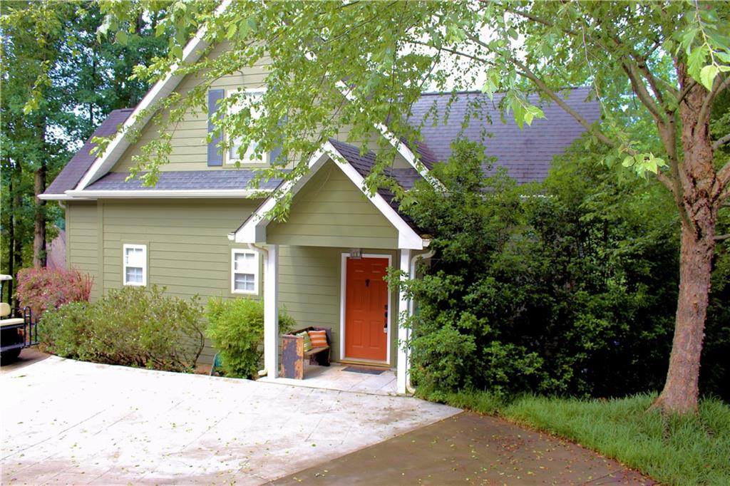 141 W Waters Edge Lane West Union, SC 29696