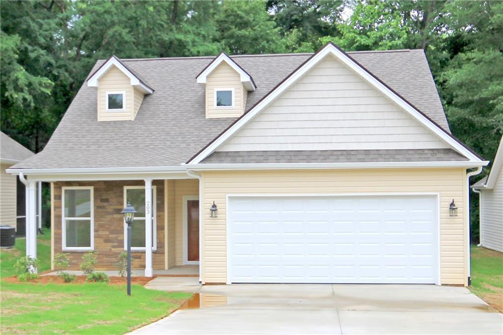 203 Magnolia Lane Pendleton, SC 29670