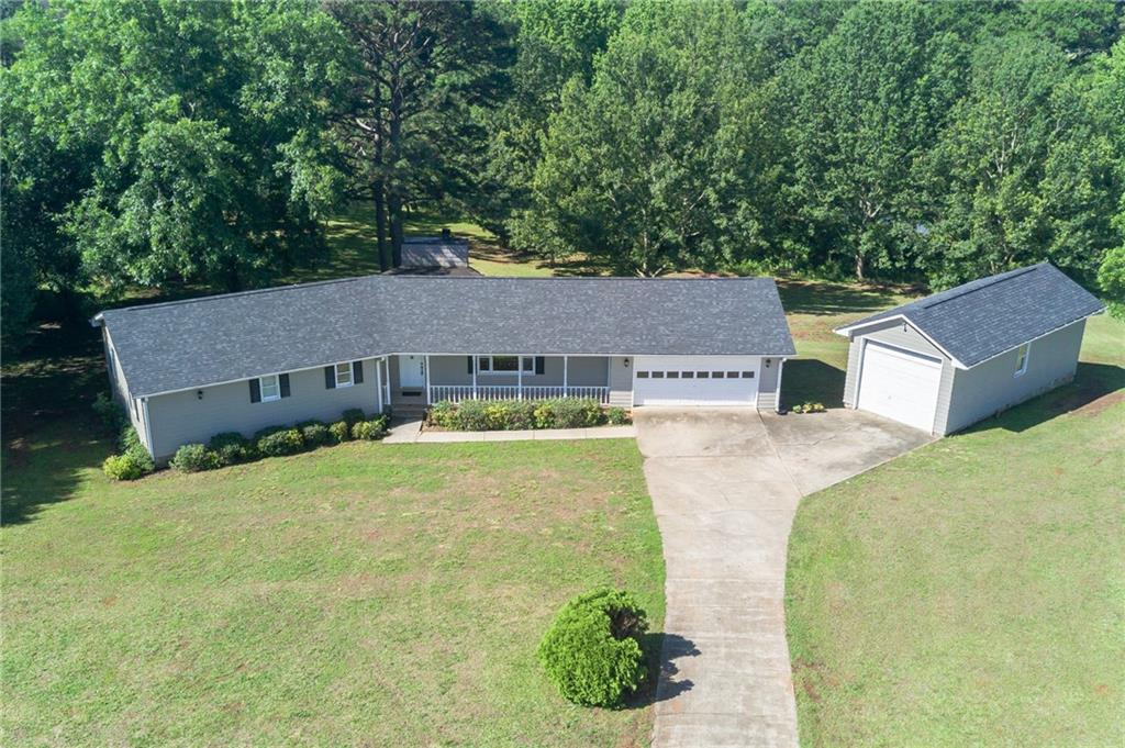 428 Broyles Point Road Townville, SC 29689