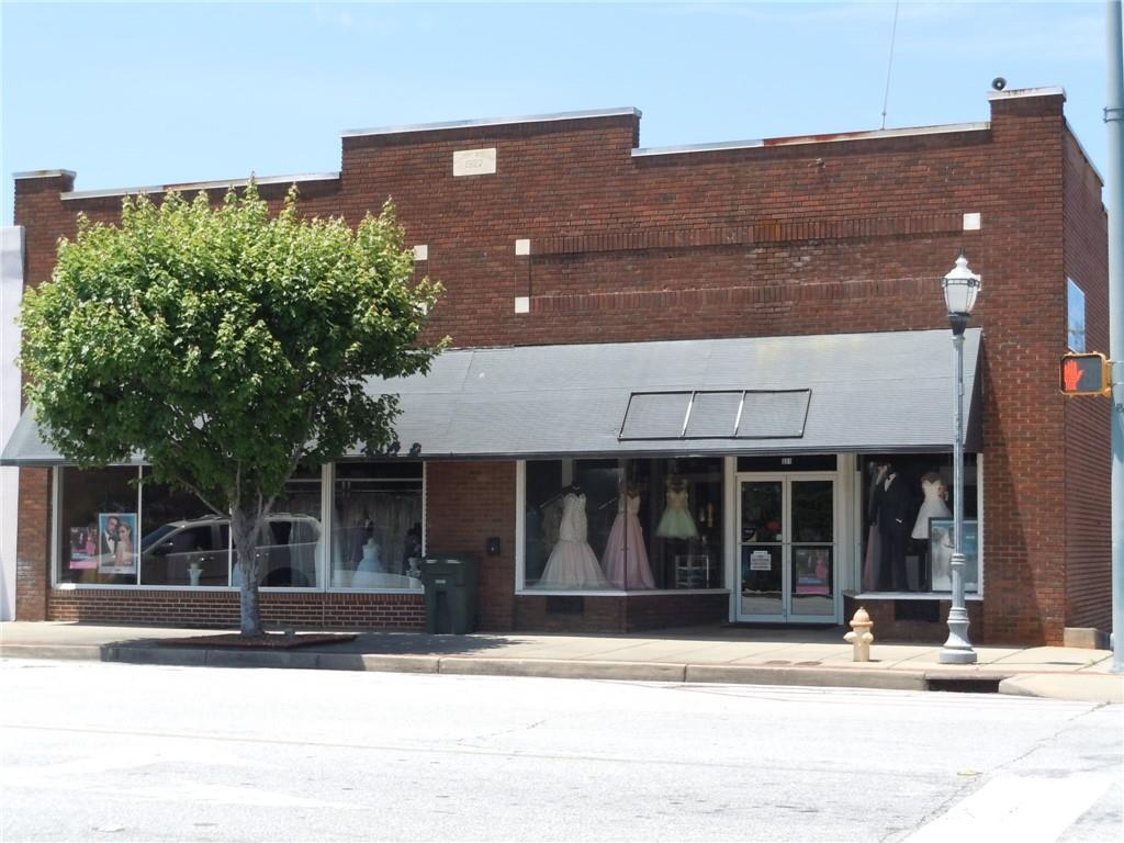 331 Main Street Seneca, SC 29678