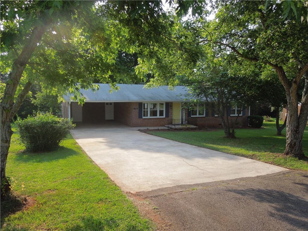 1209  Fairhaven Drive Anderson, SC 29626
