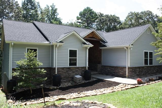 125 Beaver Lake Drive West Union, SC 29696