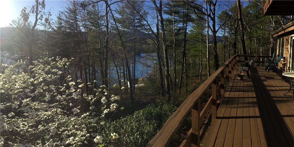 330 Moan Bac Trail Tamassee, SC 29686