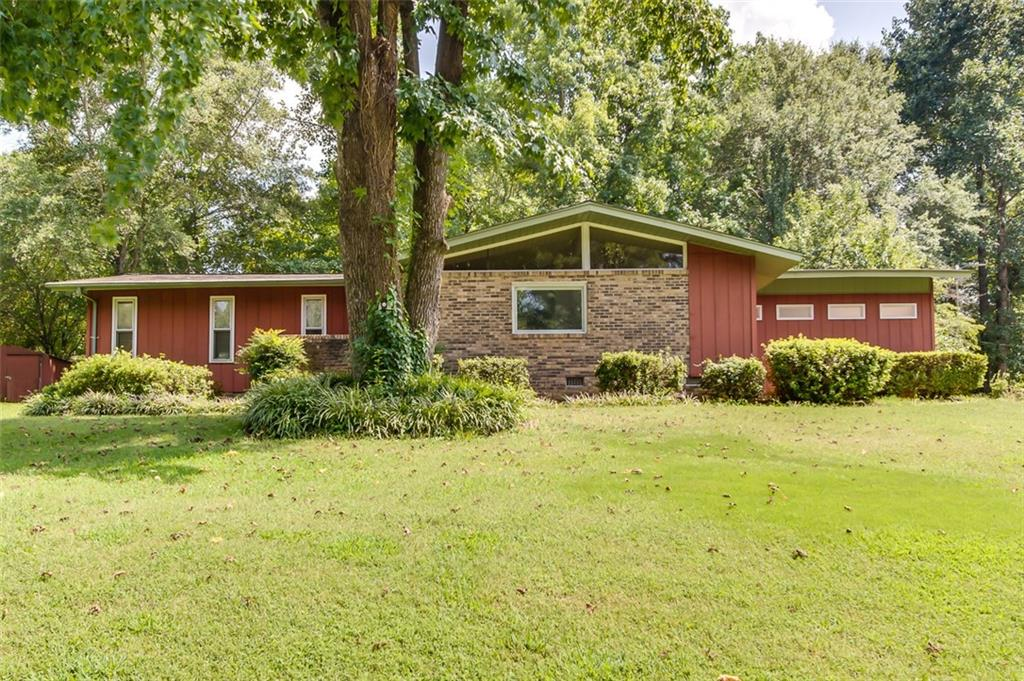 4215 Hembree Creek Road Anderson, SC 29625