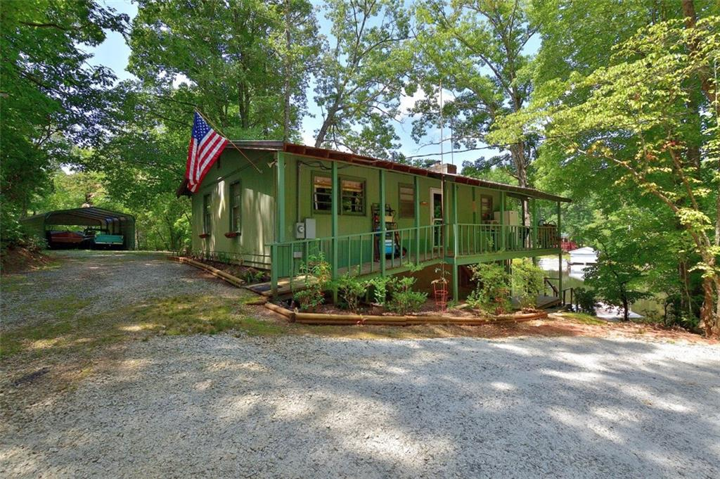 295 Lakeside Drive Mountain Rest, SC 29664