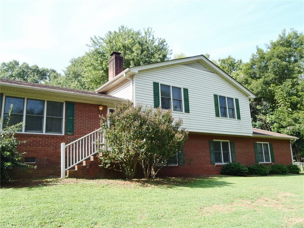 525 Stagecoach Drive Anderson, SC 29625