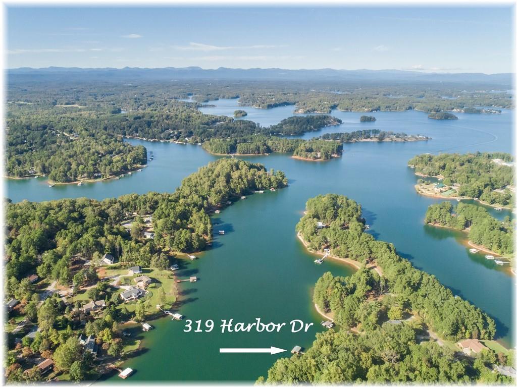 319 Harbor Drive Seneca, SC 29672