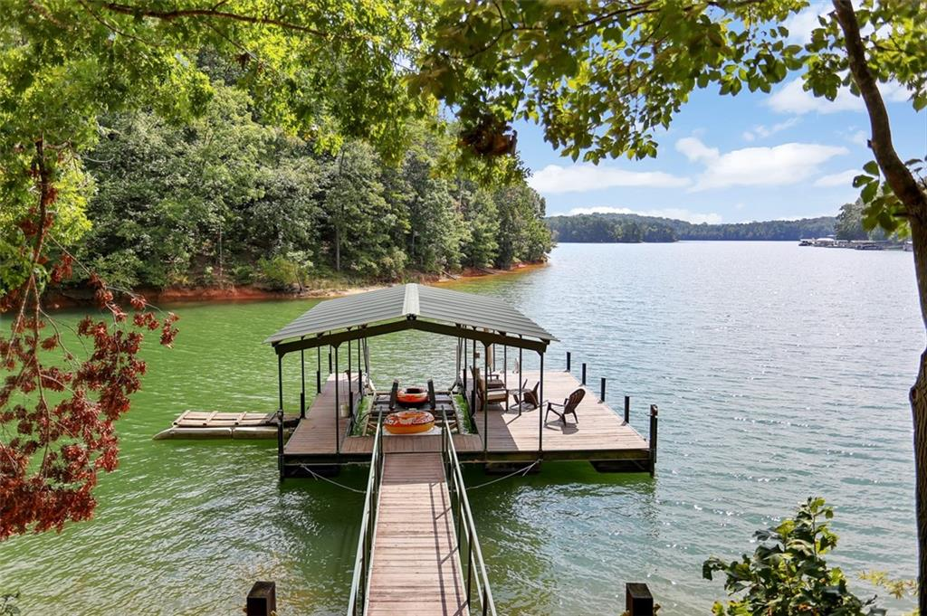 114 Gates Cove Drive Fairplay, SC 29643