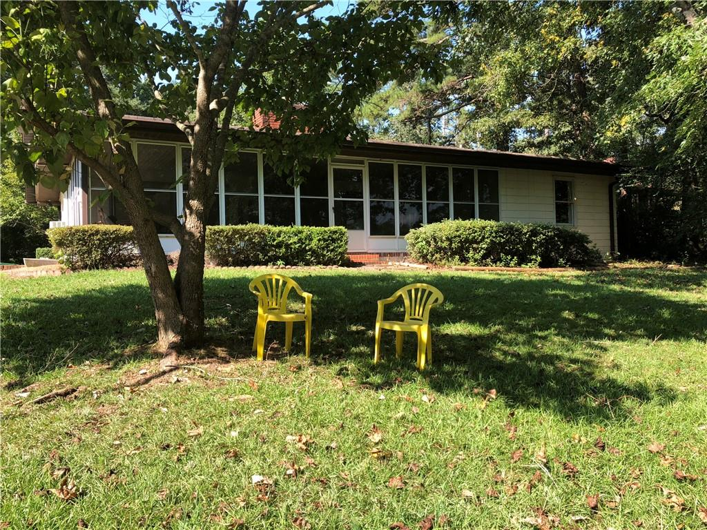 1131 W Clearwater Shores Road Fairplay, SC 29643