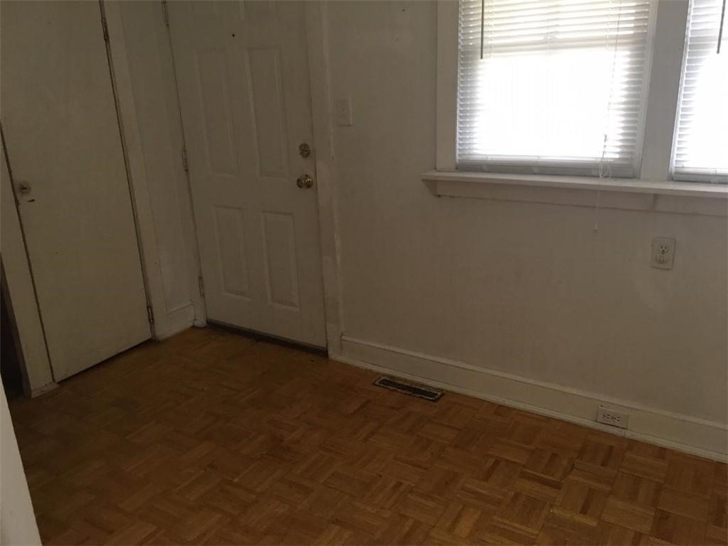 136 Hampton Street Iva, SC 29655