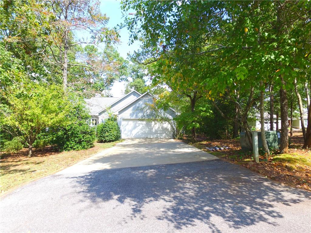 110 Deep River Road Townville, SC 29689