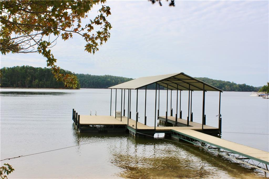 110 Inlet Point Road Fairplay, SC 29643
