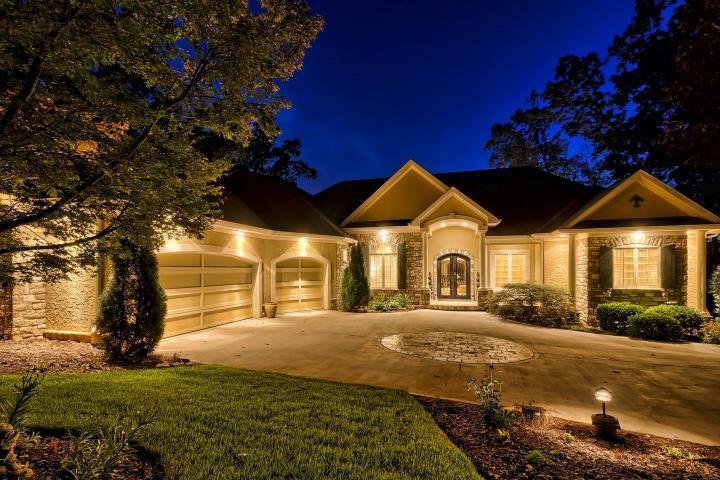 239 Winding Oaks Drive Seneca, SC 29672