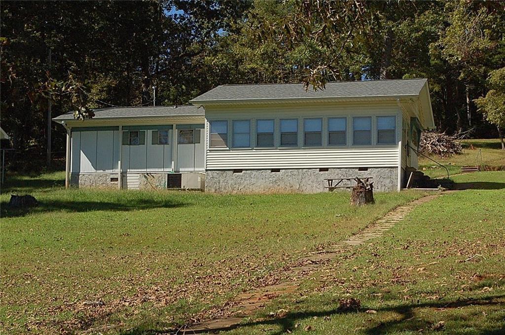 724 Dogwood Lane Townville, SC 29689