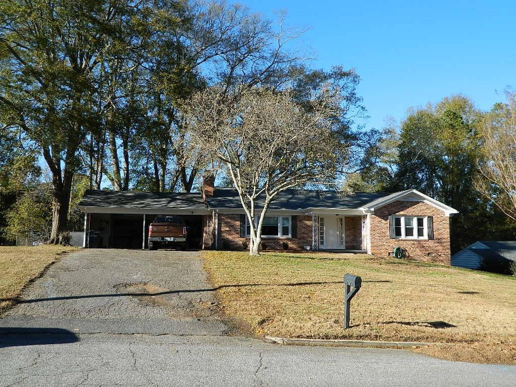 416 Tanglewood Drive Anderson, SC 29621