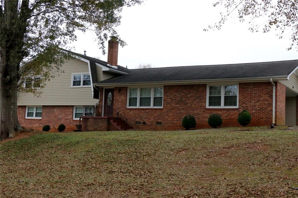 2401 Old Stone Drive Anderson, SC 29621