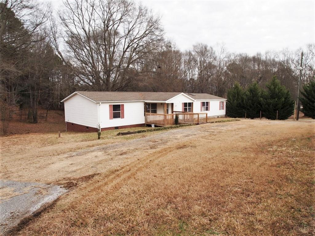 407 Lakes Road Townville, SC 29689