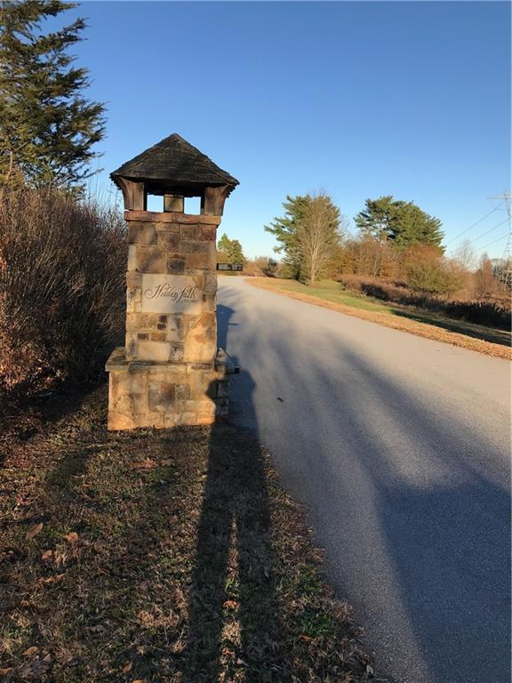 2 Hidden Falls Road West Union, SC 29696
