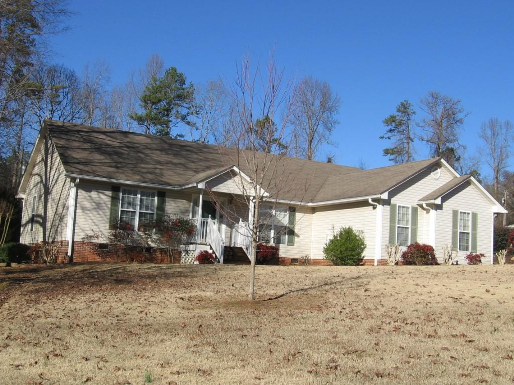 116 Briarcliff Rd. Central, SC 29630