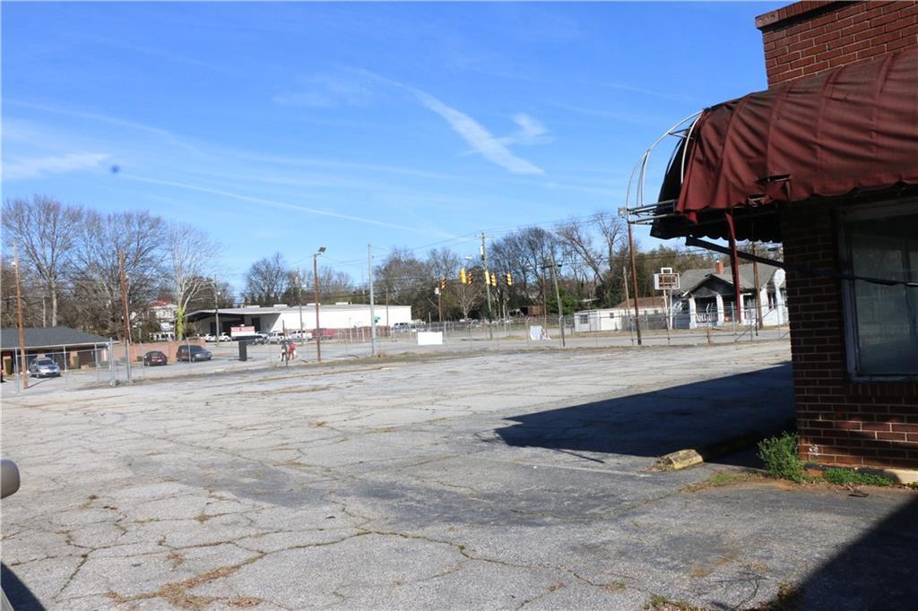 1314 S Main Street Anderson, SC 29624
