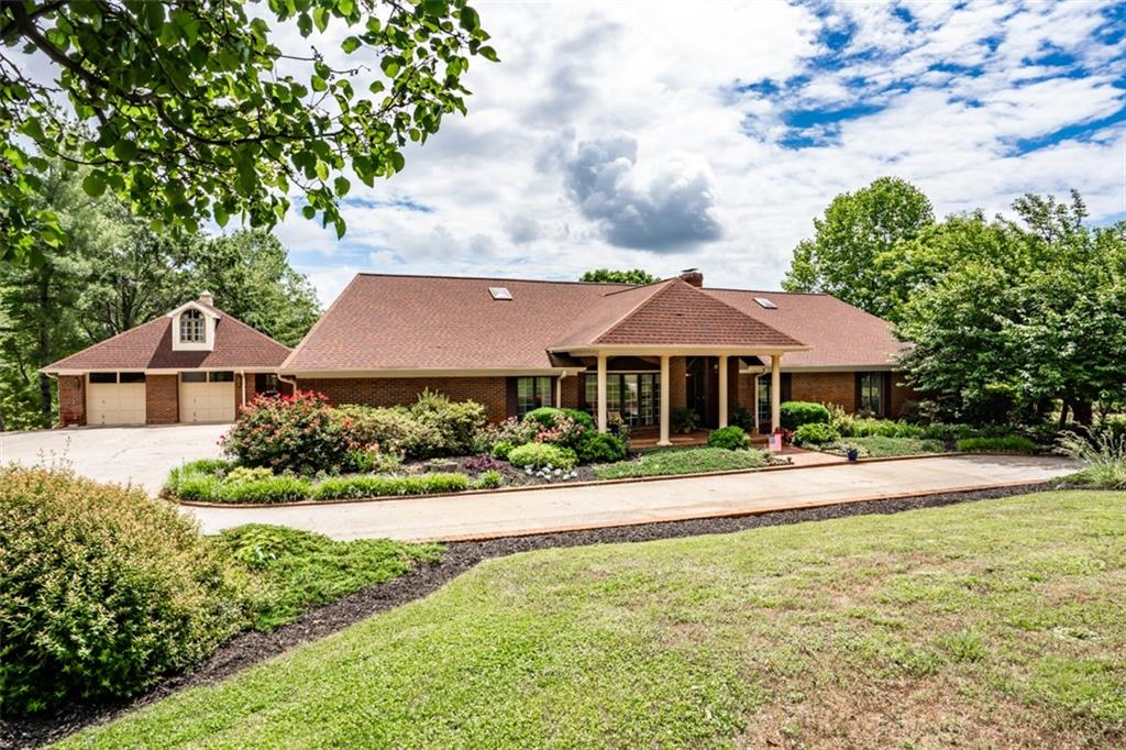 103 Lakeview Drive Easley, SC 29642