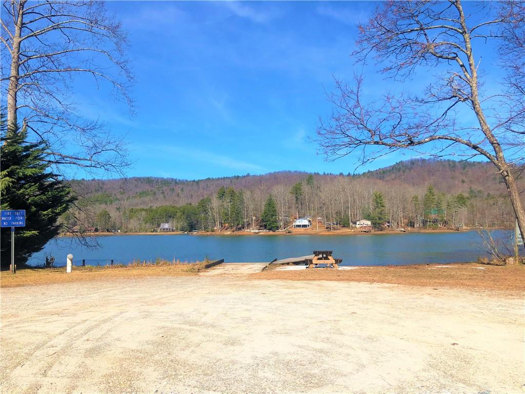 25 Chattooga Lake Road Mountain Rest, SC 29664