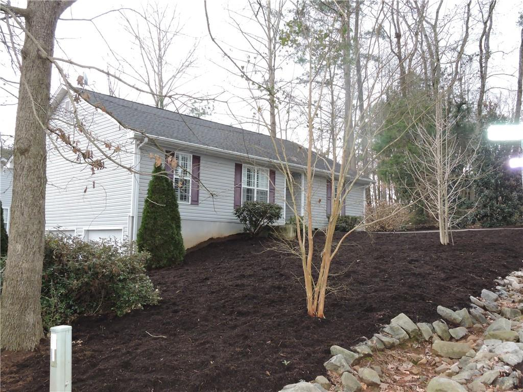 107 Point Place Drive Westminster, SC 29693