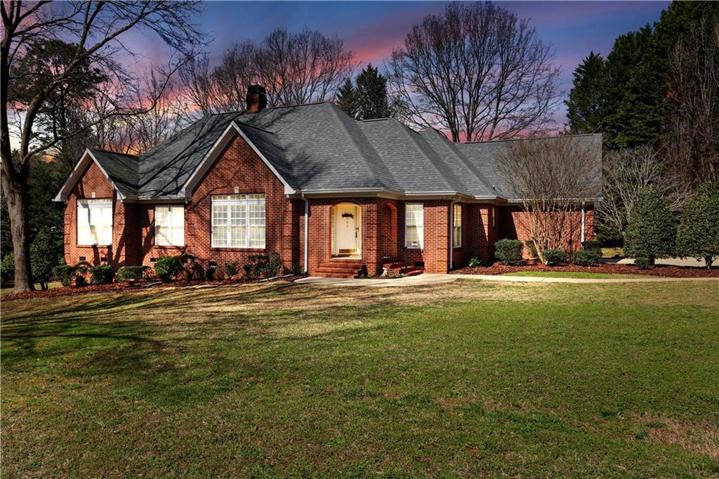 302 Burning Tree Road Anderson, SC 29621