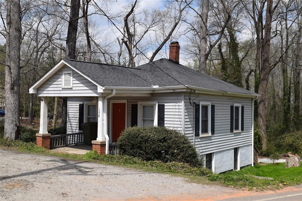 108 Clemson Street Clemson, SC 29631