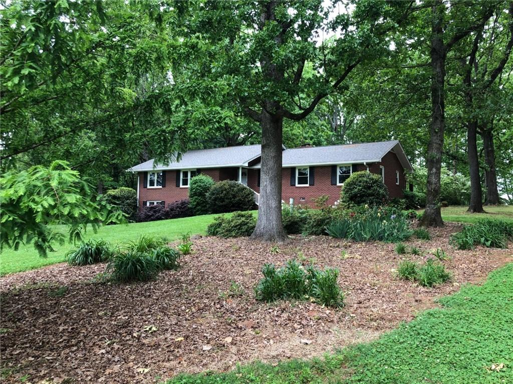 430 Luther Lane Westminster, SC 29693
