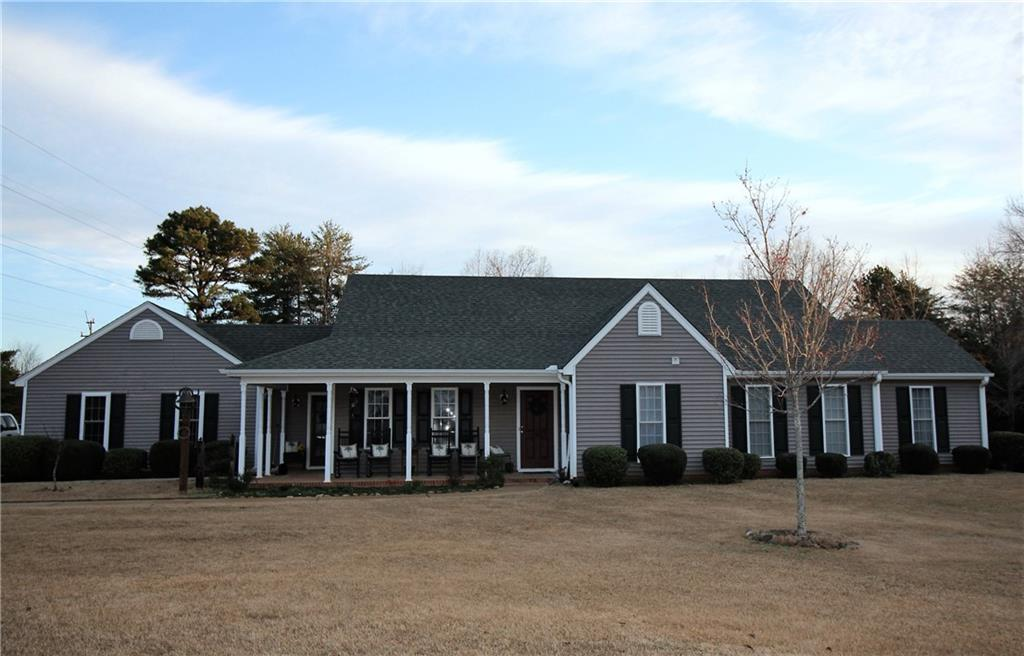 222 Valley Creek Drive Westminster, SC 29693
