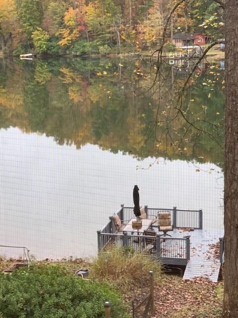 281 Lake Cheohee Road Tamassee, SC 29686
